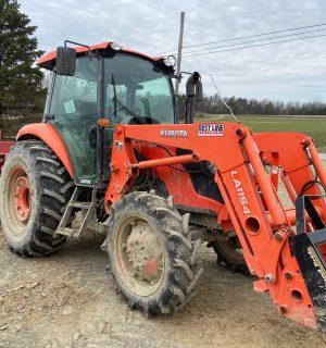 Kubota M7060D Tractor