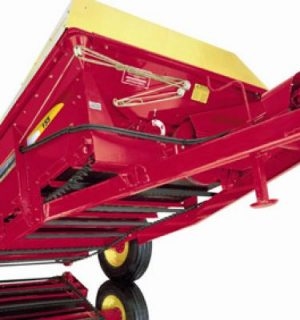 New Holland 155MBS Box Spreader
