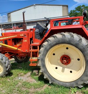 Belarus 525 Tractor