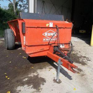 Kuhn Knight 8114 Side Slinger