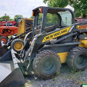 New Holland L218 Skidsteer